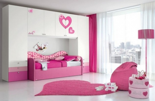 14 Cute and Creative Bedroom Designs For Girls