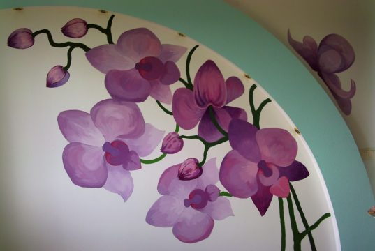 Wall painting in the children's room